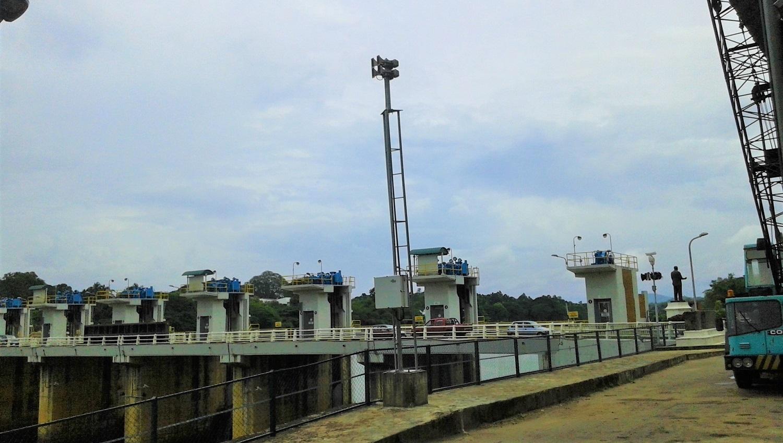 Система раннего предупреждения водоотводной плотины Полголла