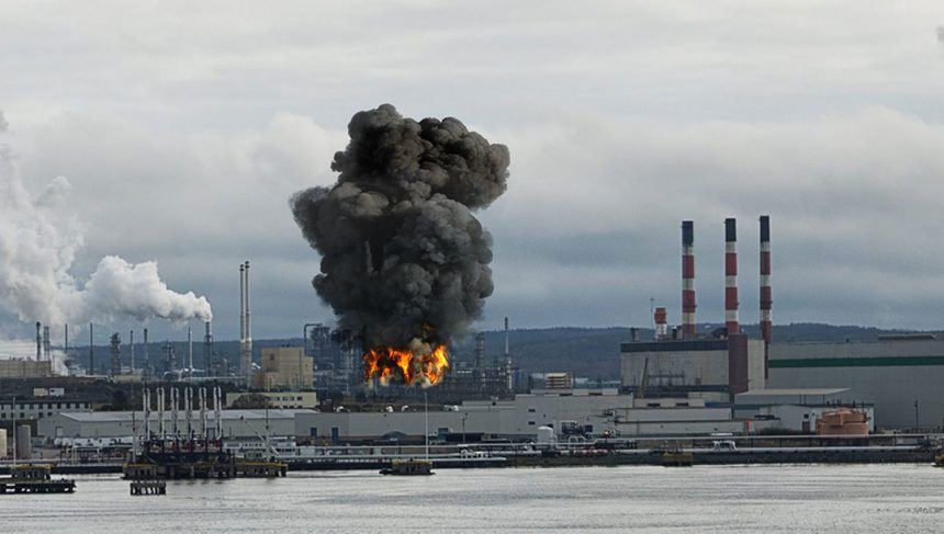 Взрыв на нефтеперерабатывающем заводе Irving Oil в Канаде